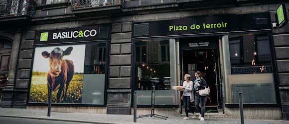 Façade extérieure restaurant Basilic & Co Clermont-Ferrand Fontgiève
