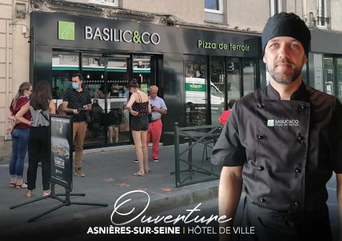 Fabien Thibault devant son restaurant à Asnières-sur-Seine