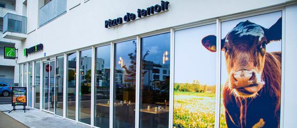 Façade extérieure du restaurant Basilic & Co de Tours Nord